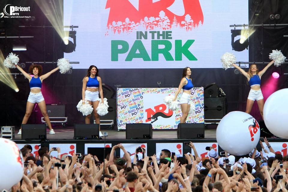 Les Cheers up danseuses pour le NRJ in the park !