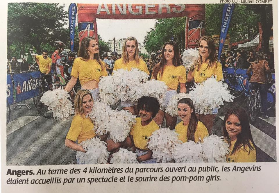 Les Cheers up sur le Tour de France à Angers
