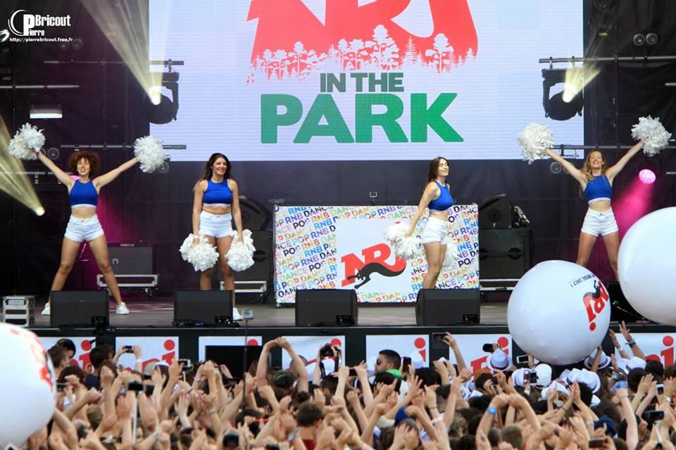Les Cheers up danseuses pour le NRJ in the park !