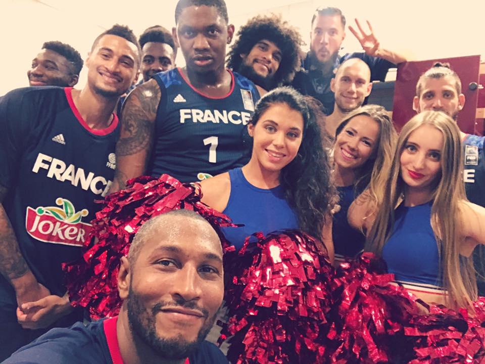Pom-pom girls de l'équipe de France de basket-ball !