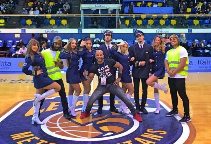«Voyage voyage» au Palais des sports Marcel Cerdan